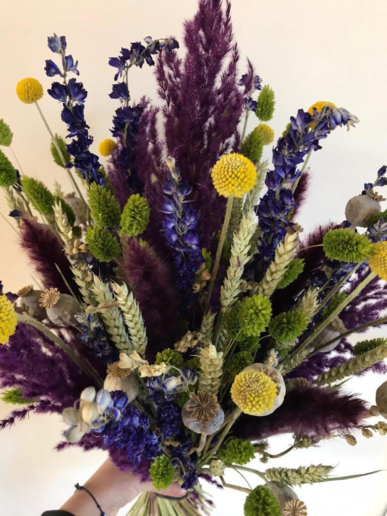 gedroogde bloemen kleurrijk